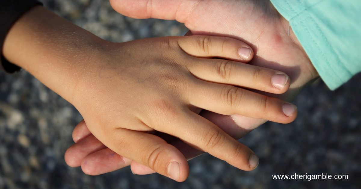 I Can Lend a Helping Hand: A Bible Lesson for Preschoolers – Cheri